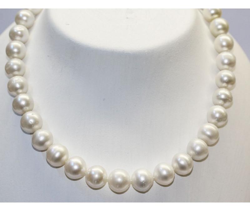 Perlenkette Suedseezuchtperlen
