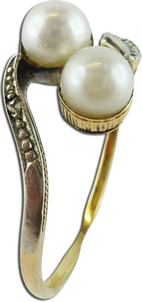 Ring, Gelbgold 14Karat, 2 jap. Akoyazuch...