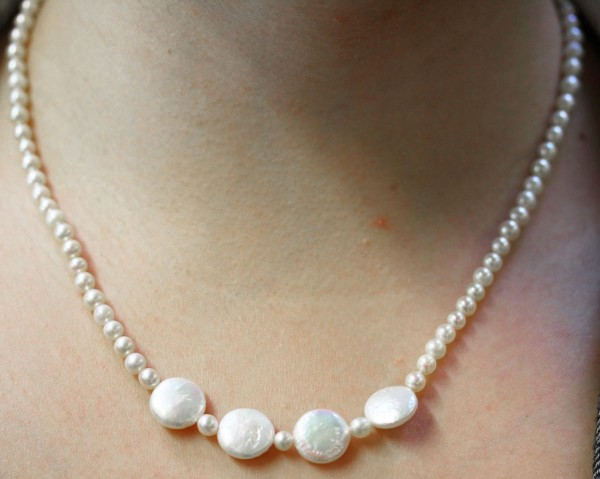 Perlenkette – japanische Akoyazuch...