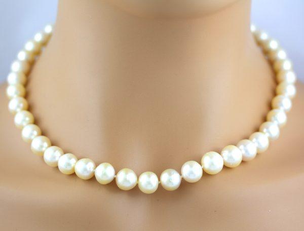 Perlenkette Weiß Creme Südseezuchtperle Gelbgold 333 Verschluss Perlenschmuck