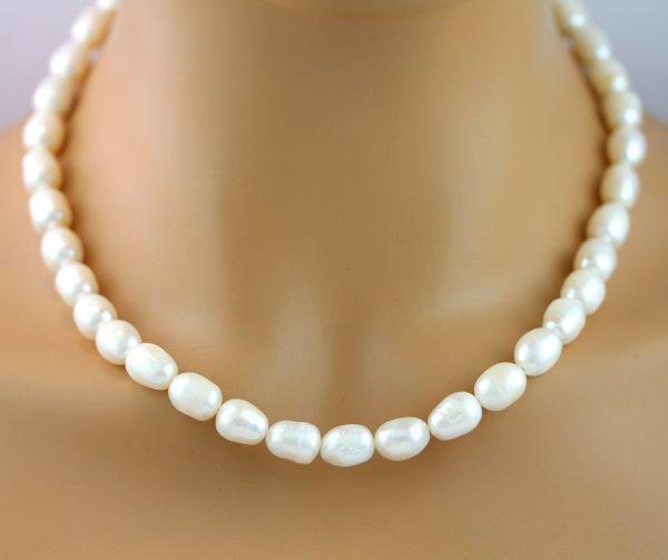 Weiße Perlenkette ovalförmigen Süsswasserzuchtperlen Silber 925 Verschluss