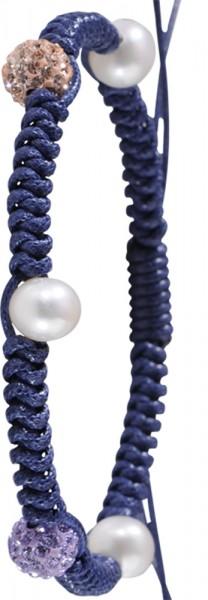 Stretchshamballaarmband mit blauem Textilband. Die Größe ist von 18 auf 20cm verstellbar. Dieses trendige Shamballaarmband hat 7 weiße Süßwasserzuchtperlen und eine lila und orange Kristallkugel, SWP. Durchmesser der Kristallkugel 8mm, Durchmesser der Per