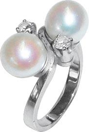 Eleganter Ring in Größe 17 mm trifft h...